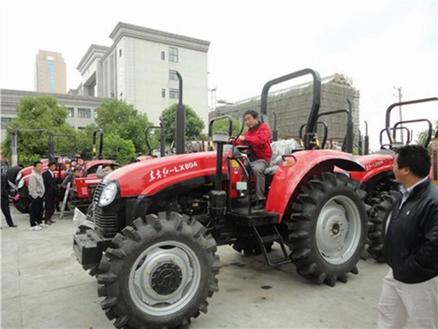 农业生产性服务业将在拓展农机服务范围等领域发力