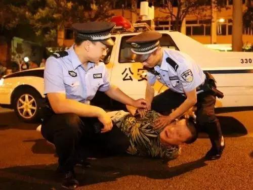 三部门:袭警行为不可等同于一般故意伤害行为